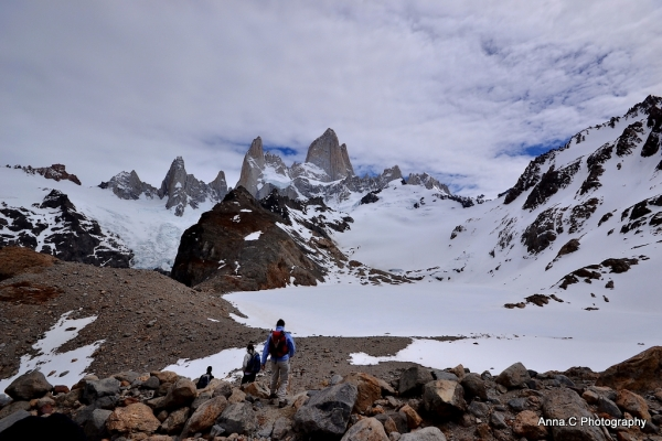 La descente vers la Laguna Los Tres gelée