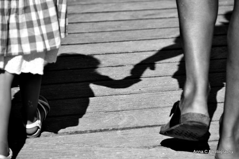 Prends ma main et marchons ensemble