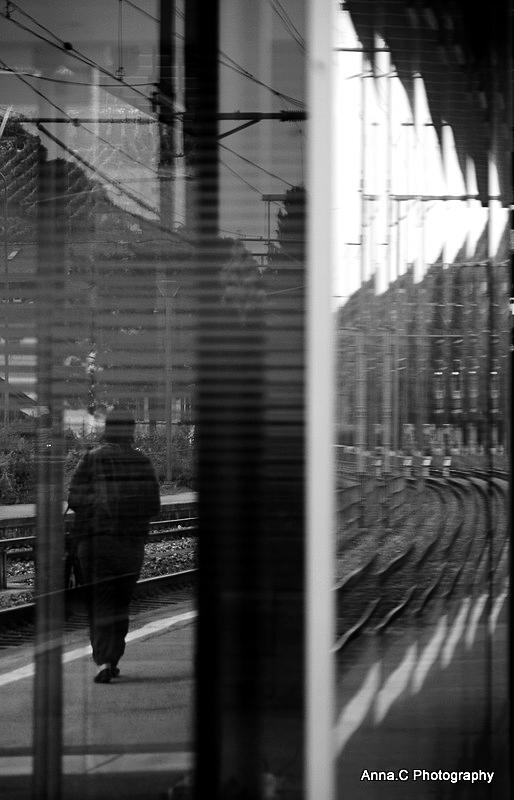 il y a toujours un train qui nous attend ....
