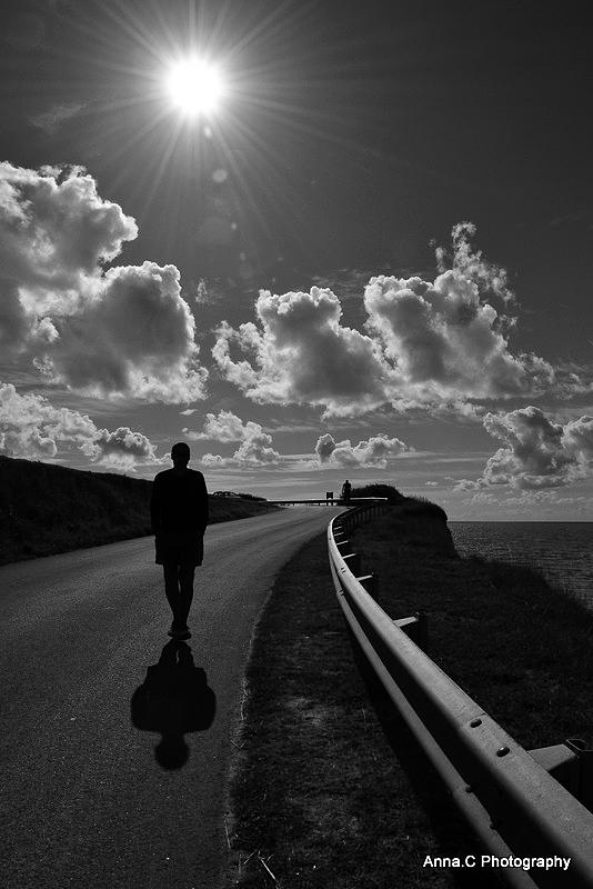 Je t'attendrai au bout de la route....