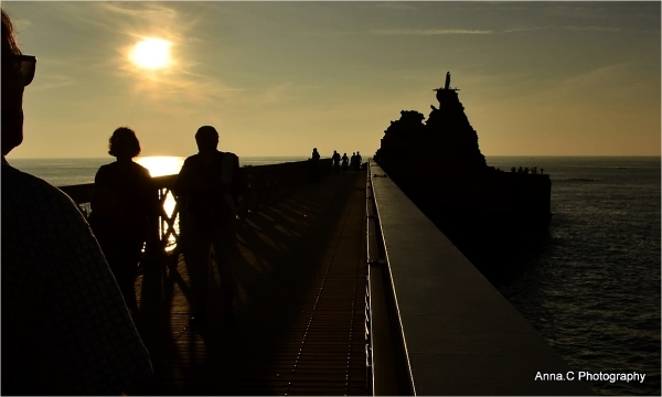 Promenade du soir au Rocher de la Vierge
