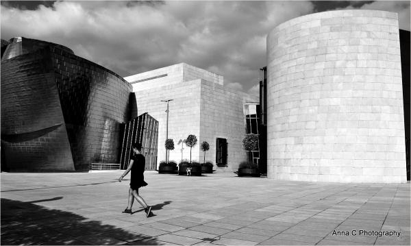 Guggenheim Bilbao # 38    Walk in Guggenheim