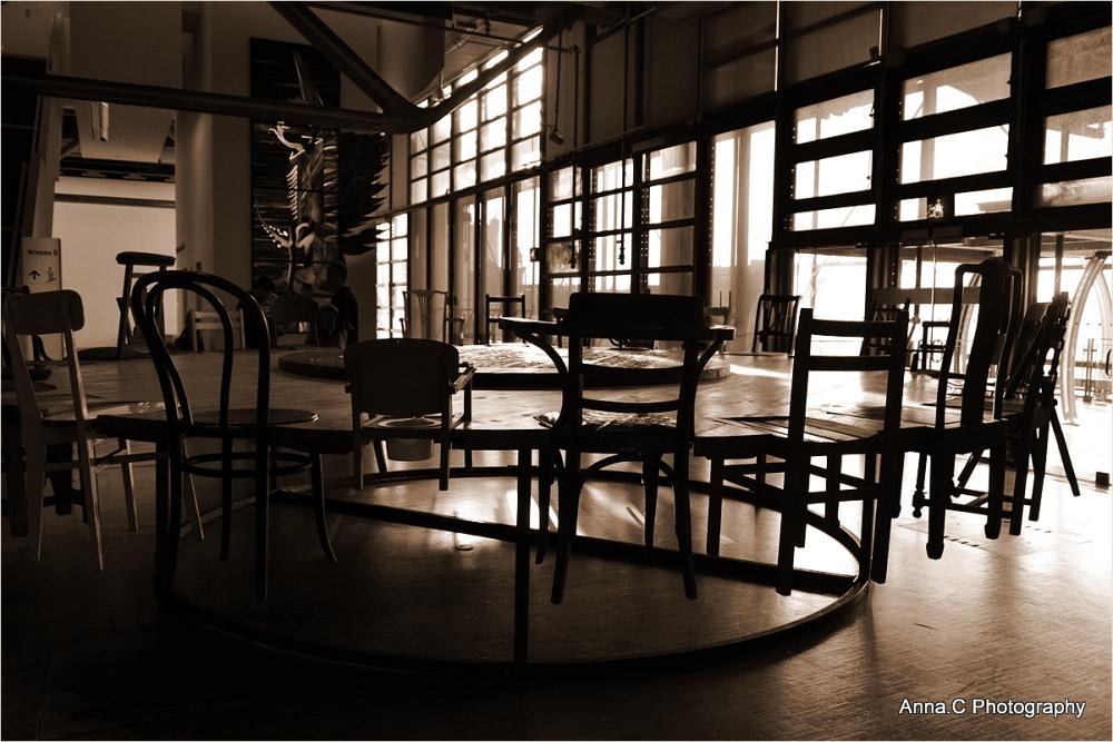 La ronde des chaises