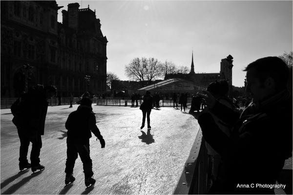Les patineurs de l'hôtel de ville
