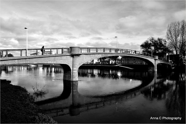 La passerelle sur la Charente