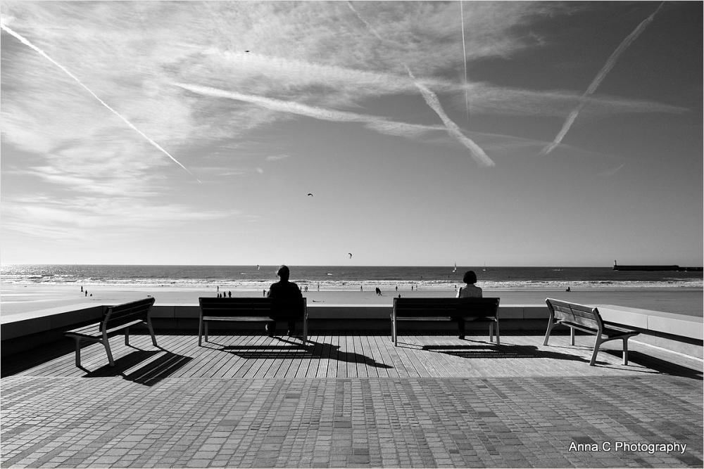 Spectacle dans le ciel et sur la plage