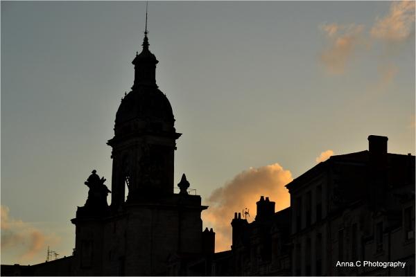 Lumière du soir sur les toits de La Rochelle #1
