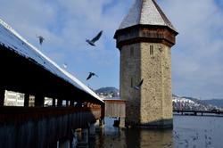 Lucerne #1 - Le Pont de la Chapelle et La Tour