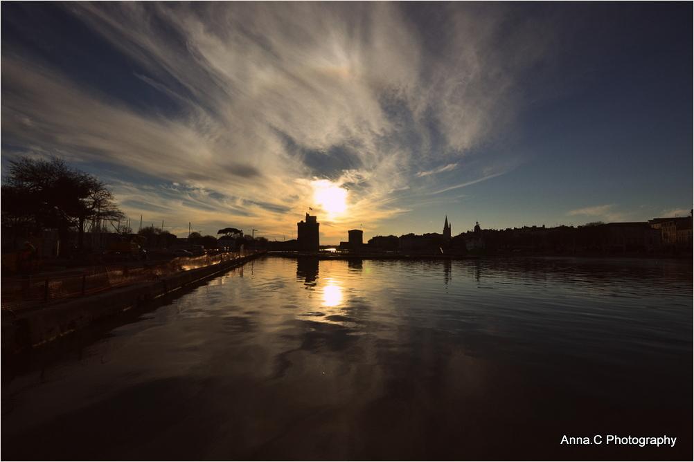 Crépuscule sur le port de La Rochelle