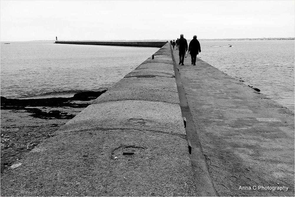 Promenade sur la jetée du Tréhic