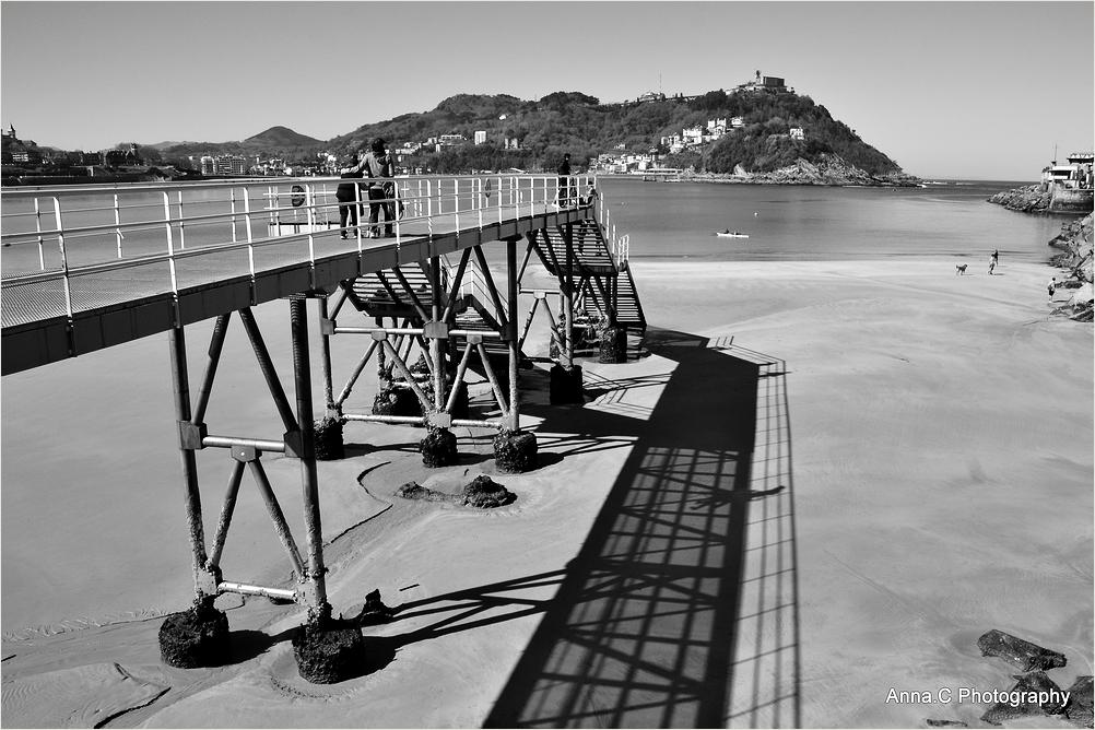 Double pier