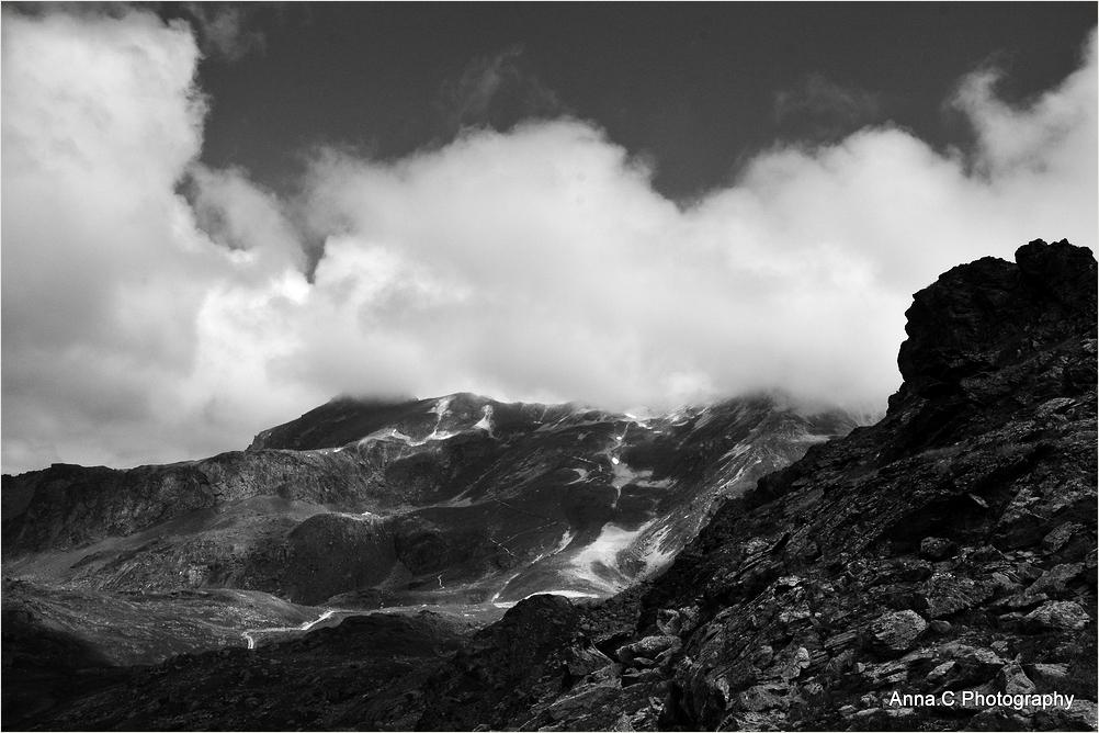 Menace sur la montagne