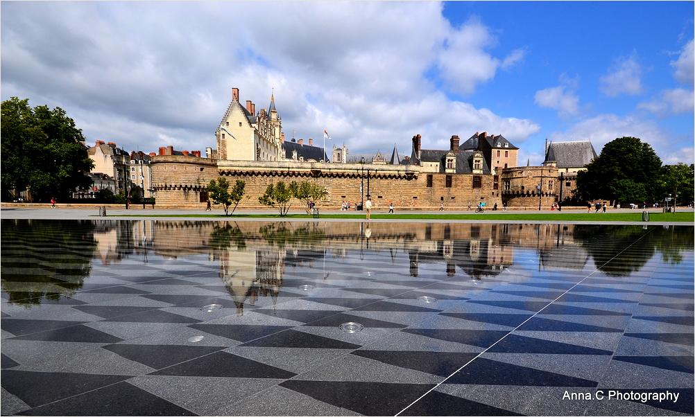 Les reflets du château
