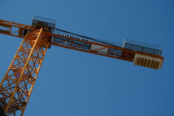 Crane over looking Barcelona