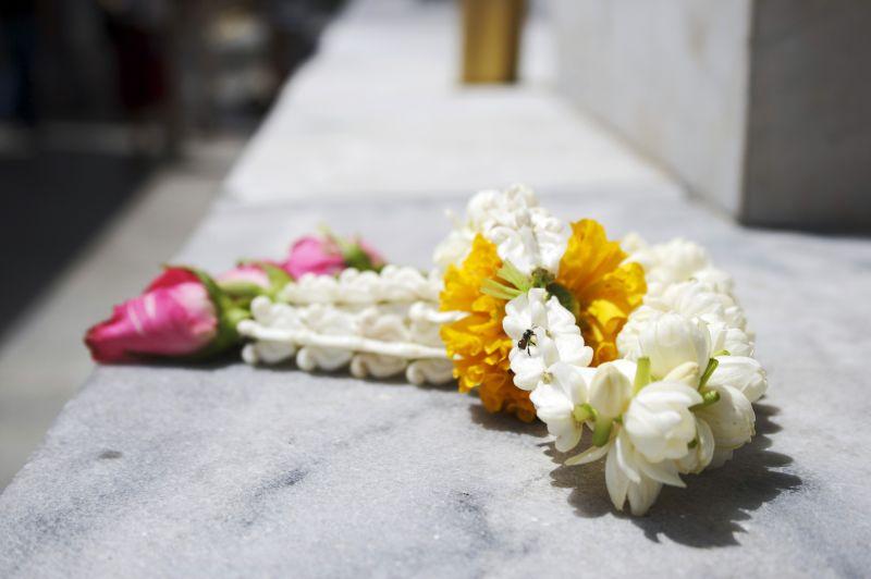 offering, thailand, buddhism