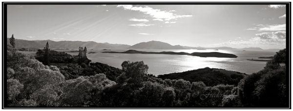 Baie Sainte Marie à Nouméa et noir et blanc