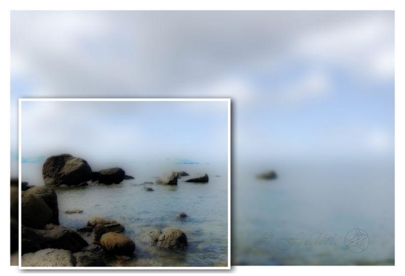 rochers perdus en mer
