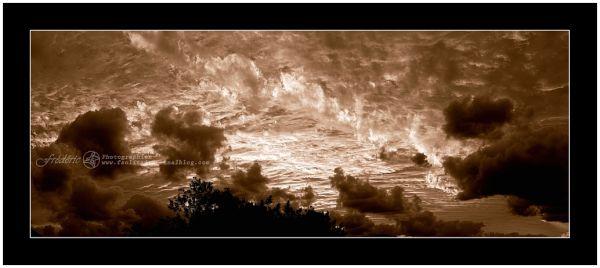 Image Noir et blanc du ciel en Calédonie