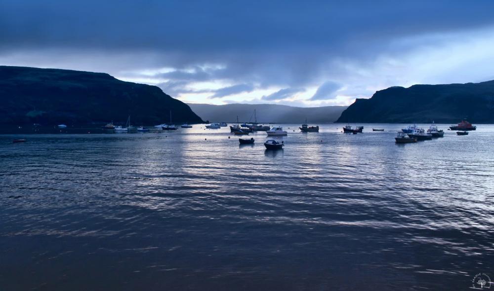 Heure bleue sur le Loch Carron