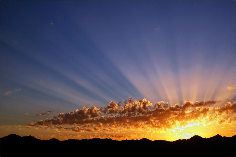 coucher de soleil ...   By Marion