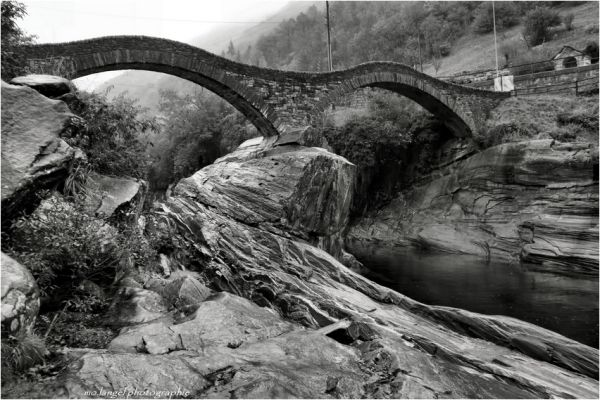 Le pont de Lavertezzo