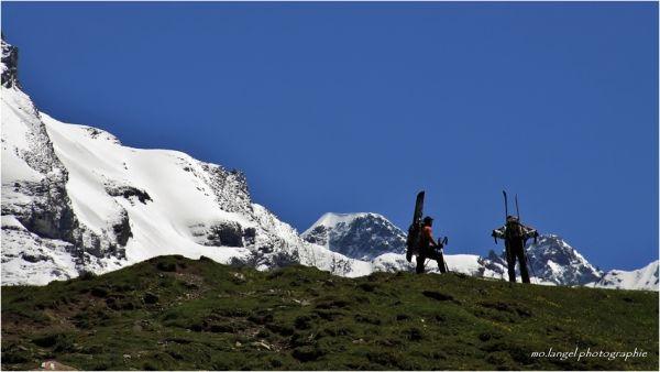 A l'approche des sommets enneigés