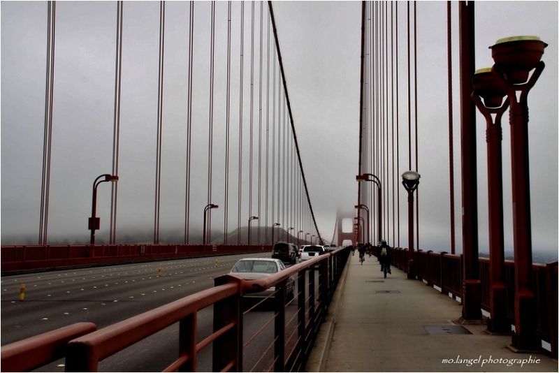The crossing of the Bridge in the mist