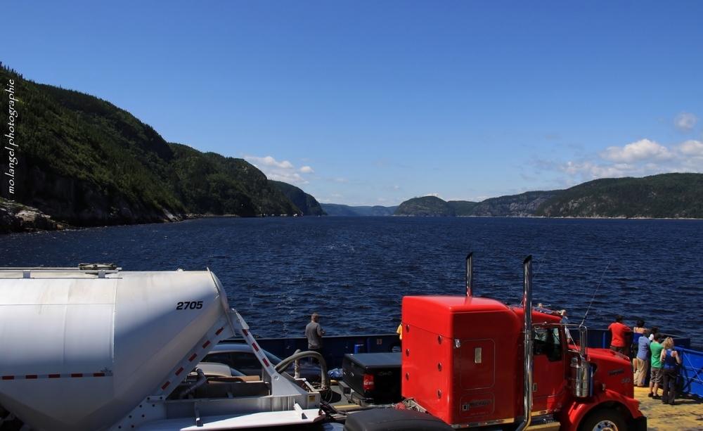La traversée du Saguenay vers Tadoussac