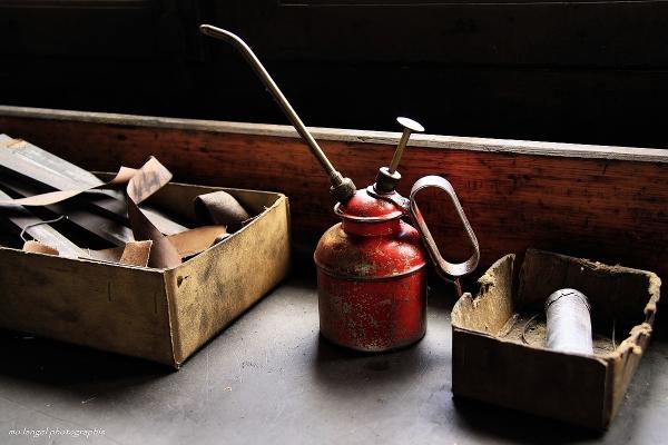 Burette et odeur d'huile