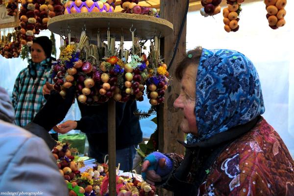 Le marché aux oignons dans la capitale