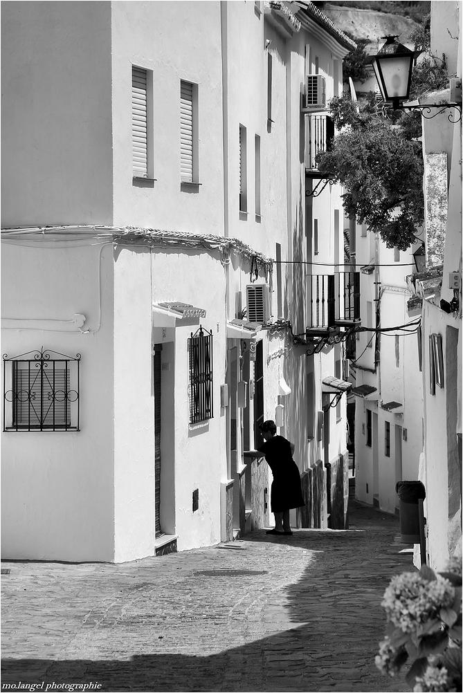 Dans les ruelles du village