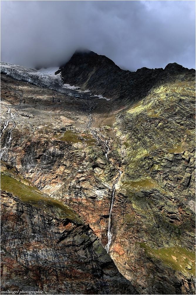 les veines de la montagne