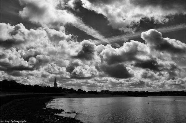 Croisement dans le ciel de La Rochelle