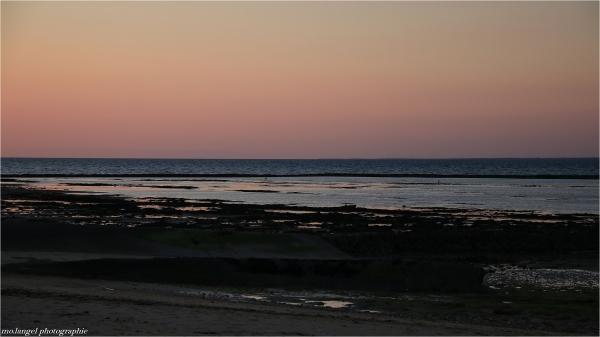 Le crépuscule à marée basse
