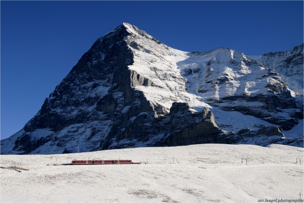 Le petit train du Jungfraujoch