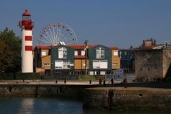 Le petit phare et la grande roue