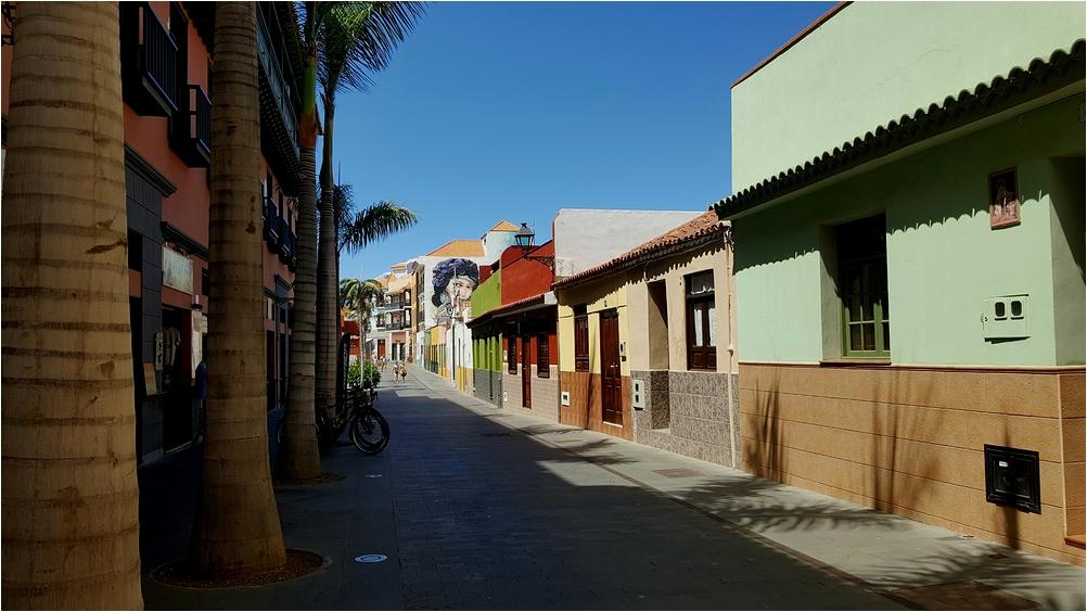 La petite rue colorée