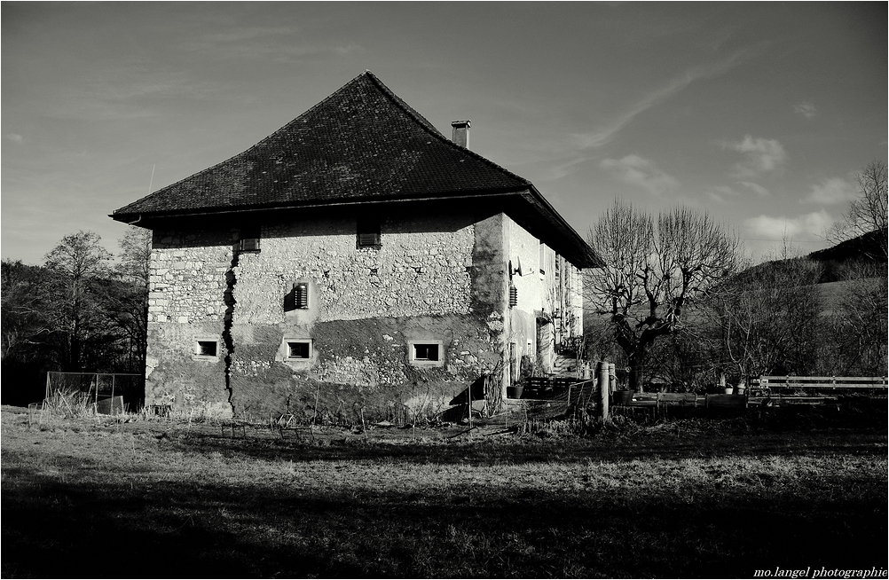 La maison du vieux moulin