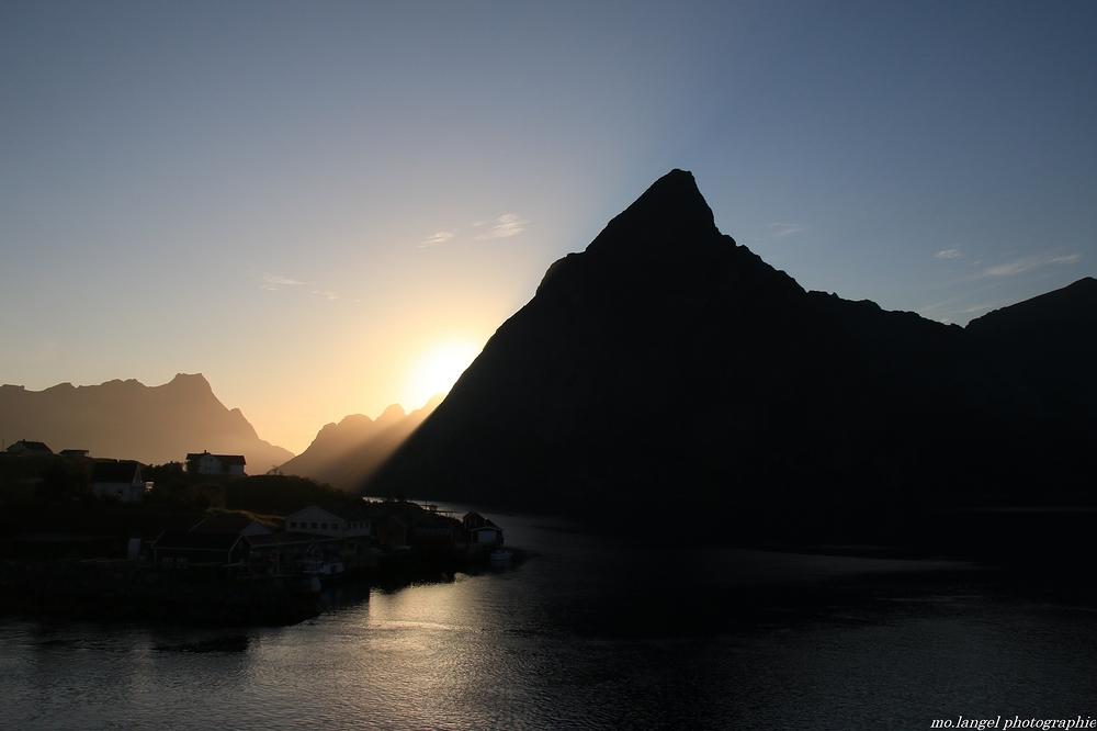 Coucher de soleil sur le fjord