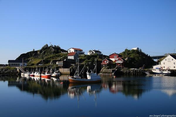 Le calme du petit port