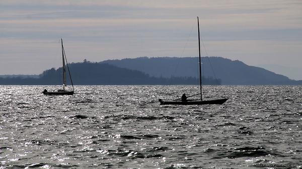 Naviguer sur le lac