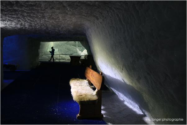 Sous le glacier