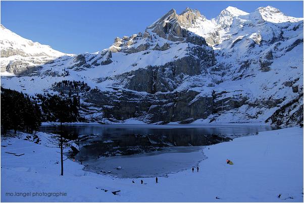 Le lac de montagne