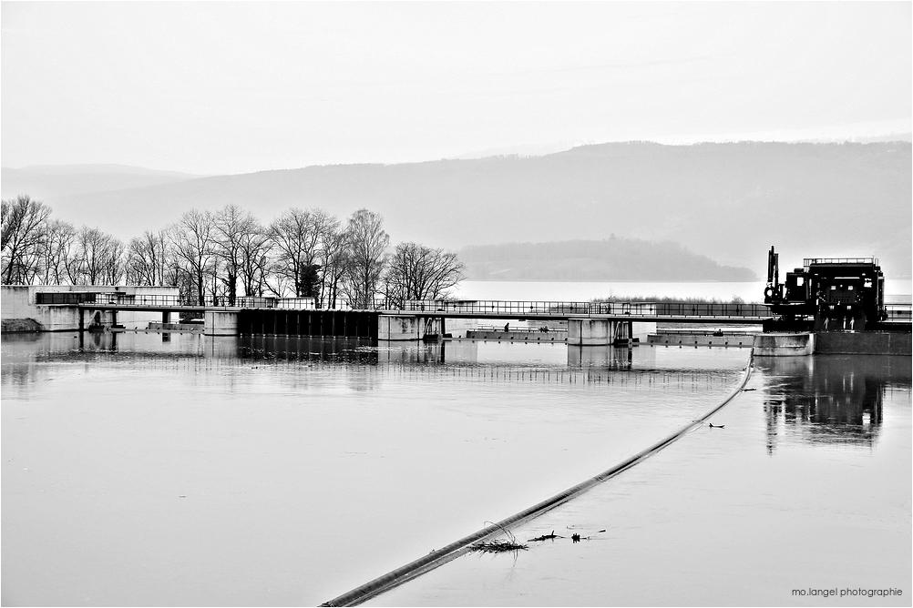 Le barrage d'Hagneck