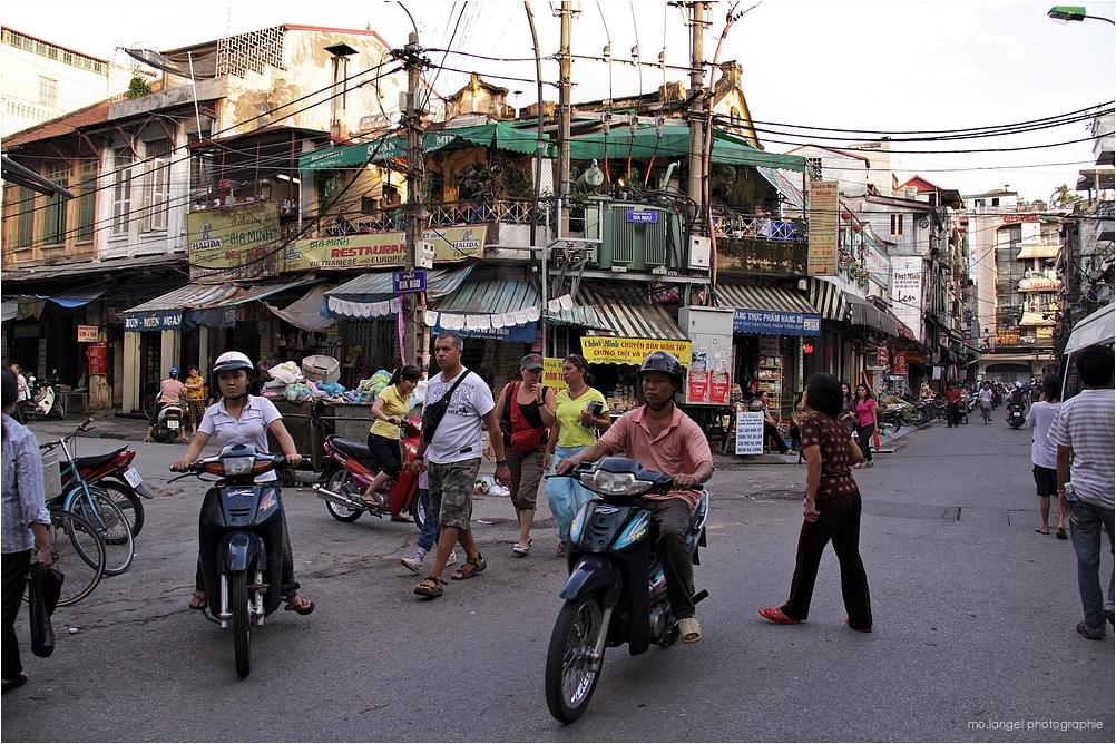 Dans les rues d'Hanoï 3