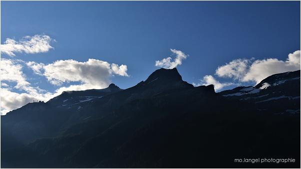 Les sommets