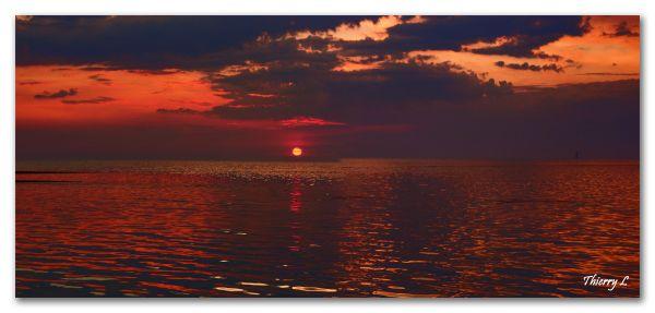 Coucher de soleil au phare des Baleines