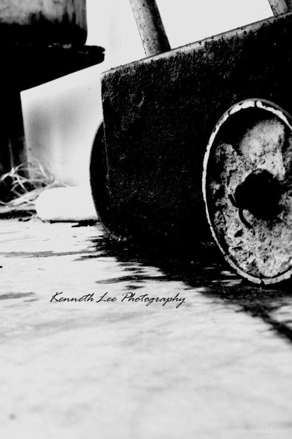 Old Oil Runner Machine