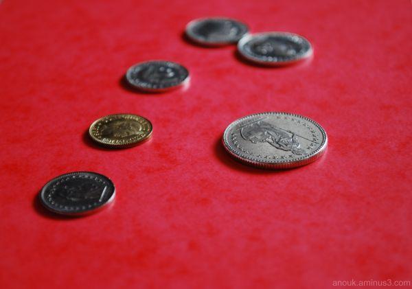 Quelques pièces