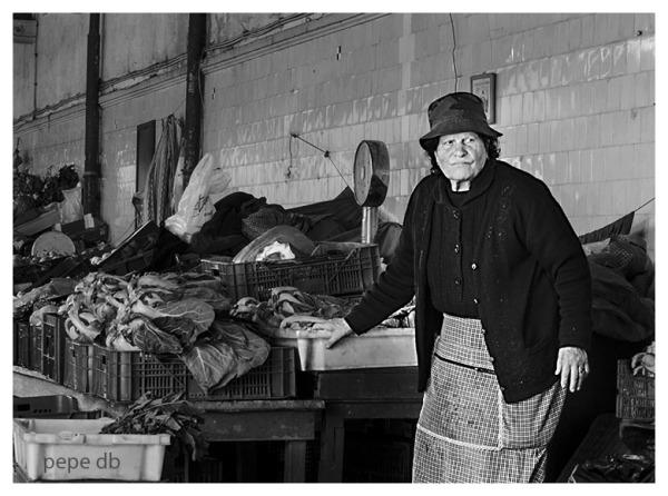 Dones del mercat III